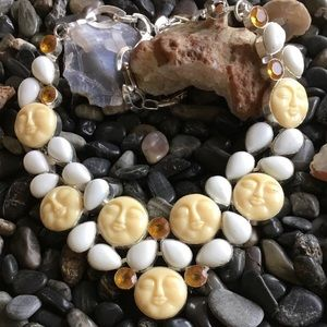 Moon Face Howlite Citrine Gemstone Necklace Bib